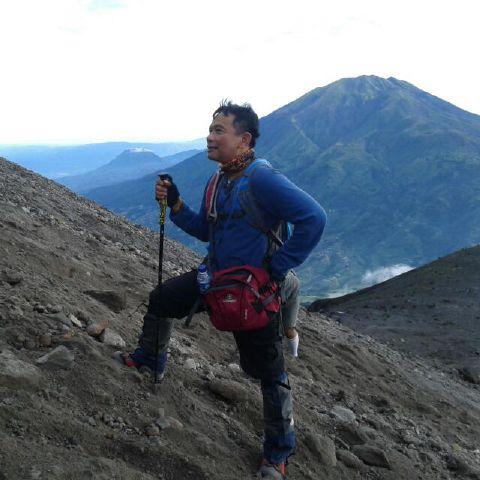 Naik Gunung Bisa Bermanfaat Bagi Kesehatan Jiwa Lho!